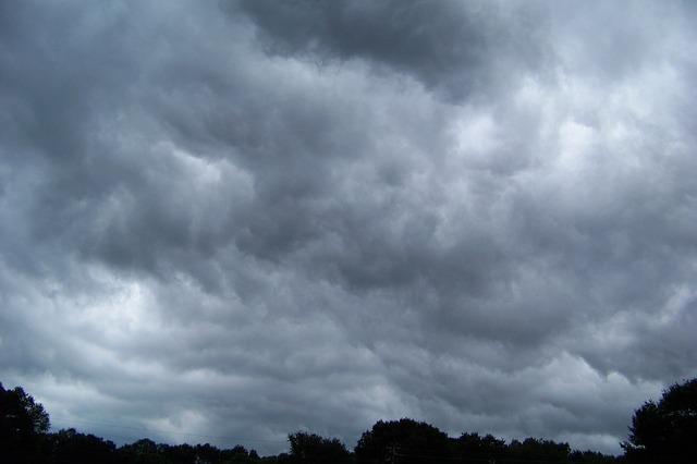 ענני ספק וחששות מסתירים לי את השמיים שאני... (הבלוג של hagitnovak).